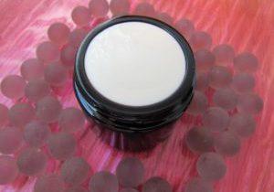 cream-1050957